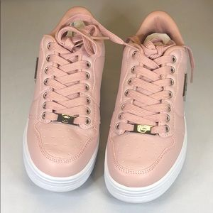 G by Guess Shoes - [229] G By Guess 5.5 M Low Top Lace Up  Sneakers